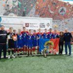 """детская футбольная команда """"Мир"""""""