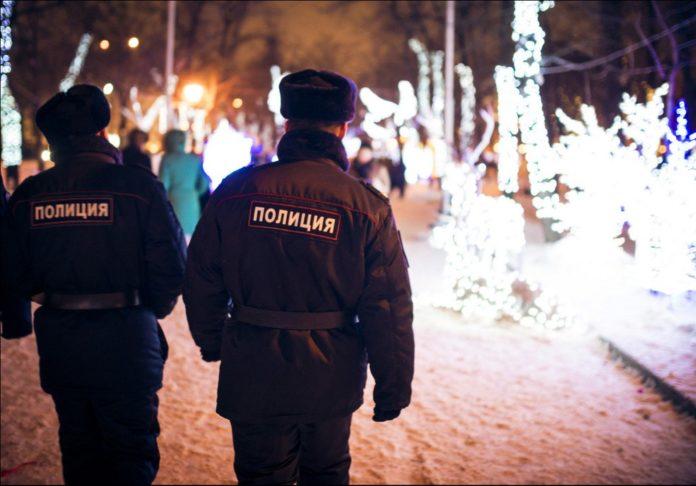 полиция дежурит в праздничные дни